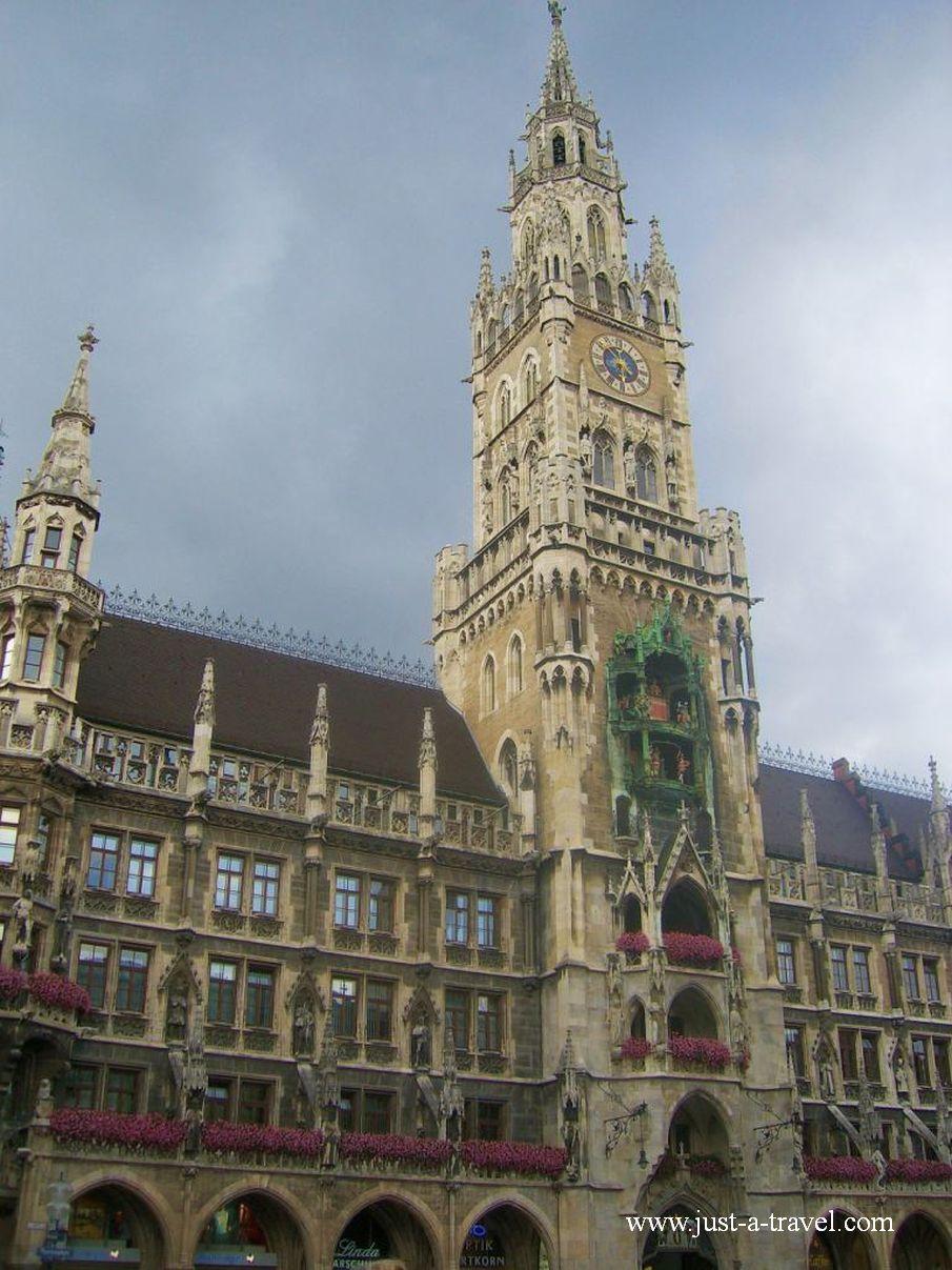 ratusz 1 - Atrakcje w Monachium