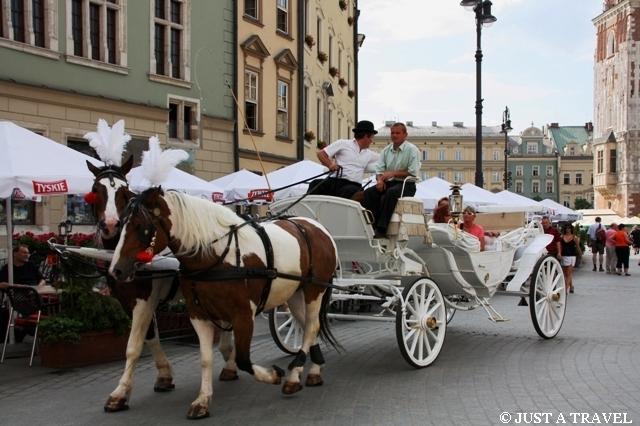 Królewska kareta na rynku krakowskim