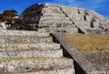 Ruiny Xochicalco w Meksyku Gran Piramide