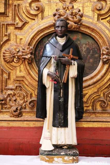 Ciemnoskóry święty z kościoła Santa Prisca