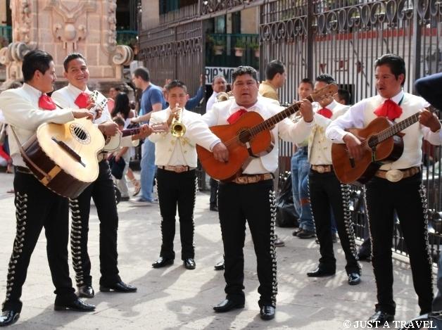 Mariachi tradycyjna orkiestra meksykańka