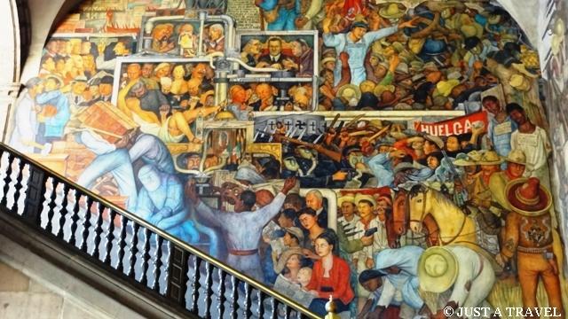 Meksyk dziś i jutro według Diego Riviera w Palacio National