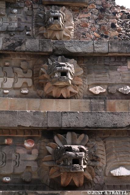 Pierzasty Wąż Teotihuacan