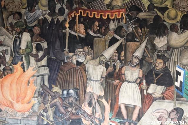 Christianizacja Meksyku na malowidłach Diego Riviera w Palacio National