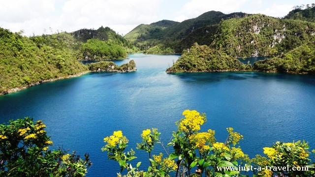 Cinco Lagos Lagunas de Montebello