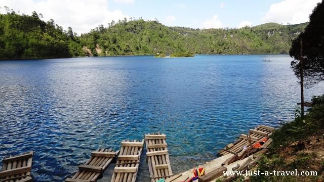 Lago Pojoj Lagunas de Montebello