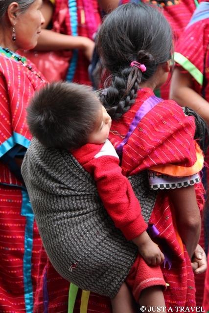 Kobieta z dzieckiem z Oaxaca