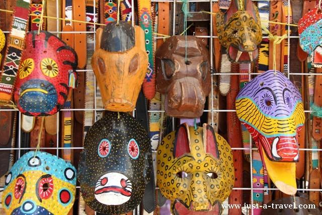 Kolorowe maski z San Cristobal de las Casas