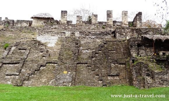 zygzak Quetzalcoatla w Tonina