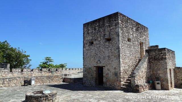 Twierdza de San Felipe baszta w Bacalar