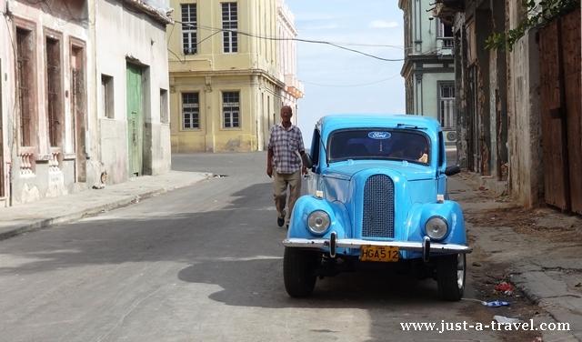 Auto w Hawanie