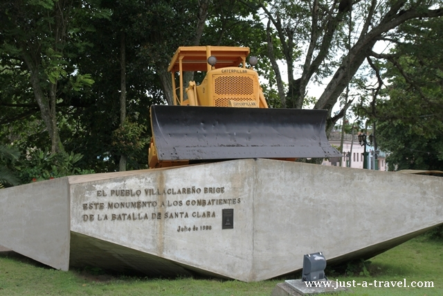 buldożer Santa Clara