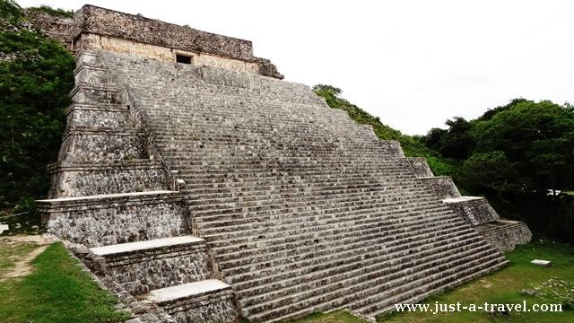Gran Piramide Uxmal