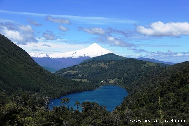 Wulkan Villarica i jezioro Tinquilco