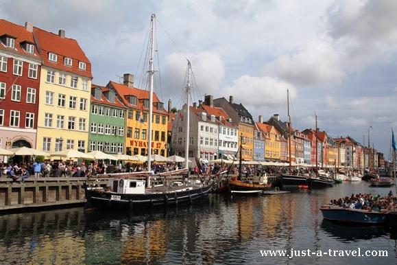Kanał portowy Nyhavn w Kopenhadze