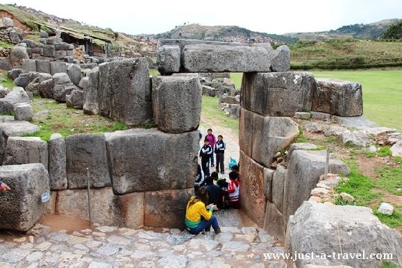 Brama w Sacsayhuamán