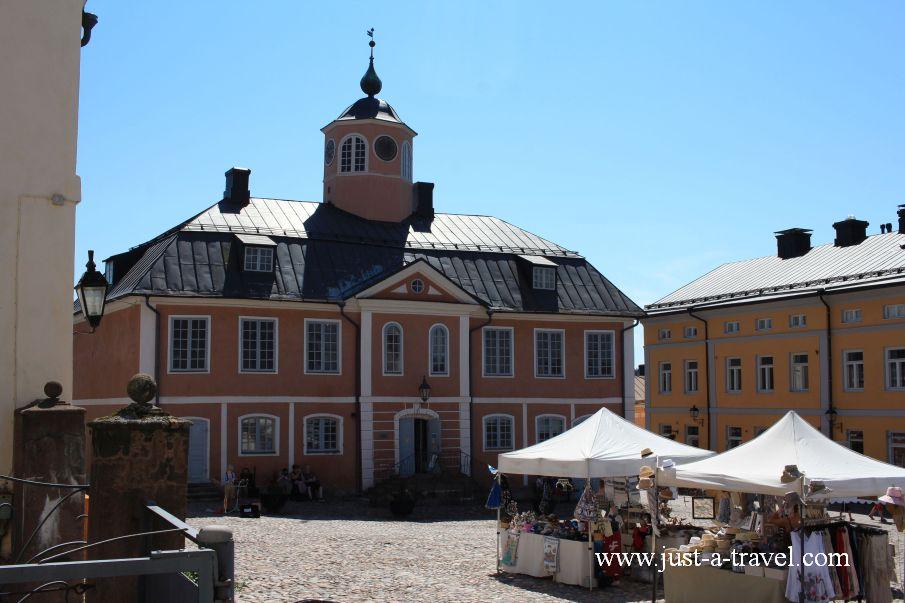 Ratusz w Porvoo - Magiczne miasteczko Porvoo