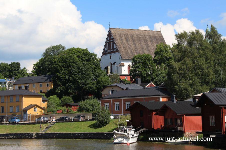 Widok na Katedre - Magiczne miasteczko Porvoo