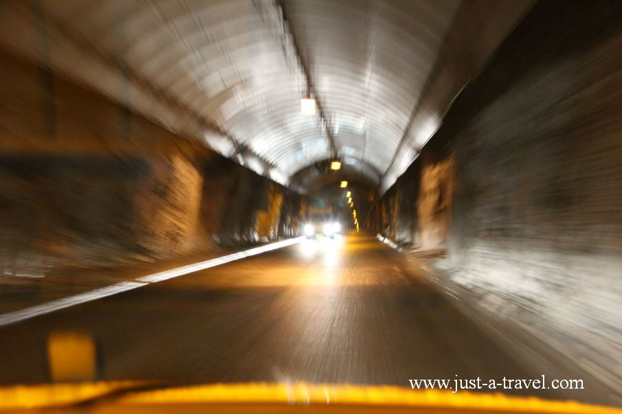 Tunel na wyspe Mageroya - Honningsvag czyli kierunek Przylądek Północny Nordkapp