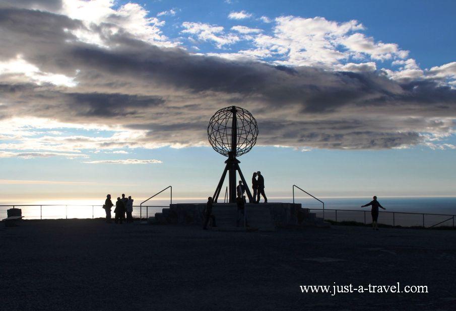 Dzień polarny na Przylądku Północnym Nordkapp