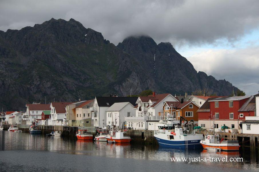 Henningsvaer - Lofoty - perły północnej Norwegii