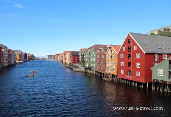 Trondheim i domy na palach