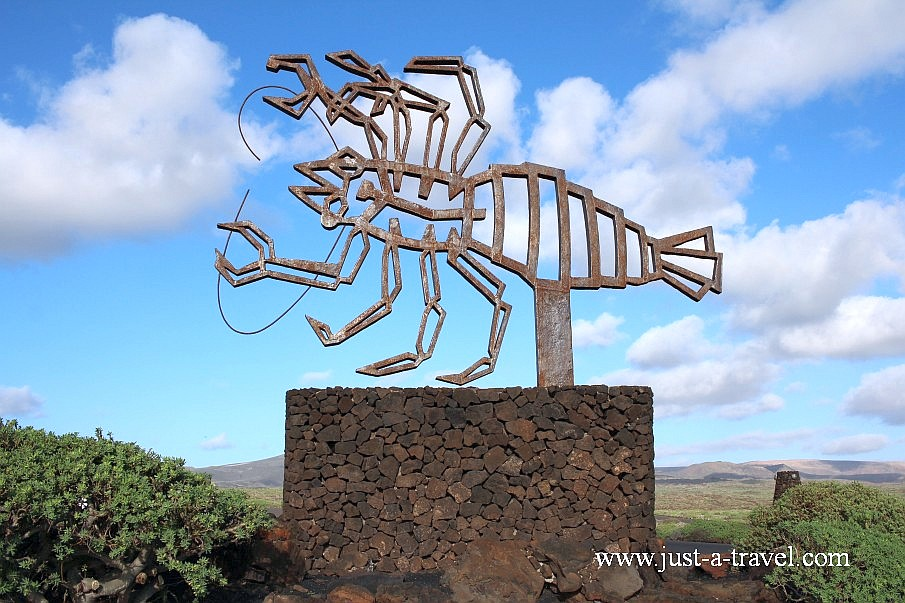 Rak - symbol Jameos del Aqua w Lanzarote