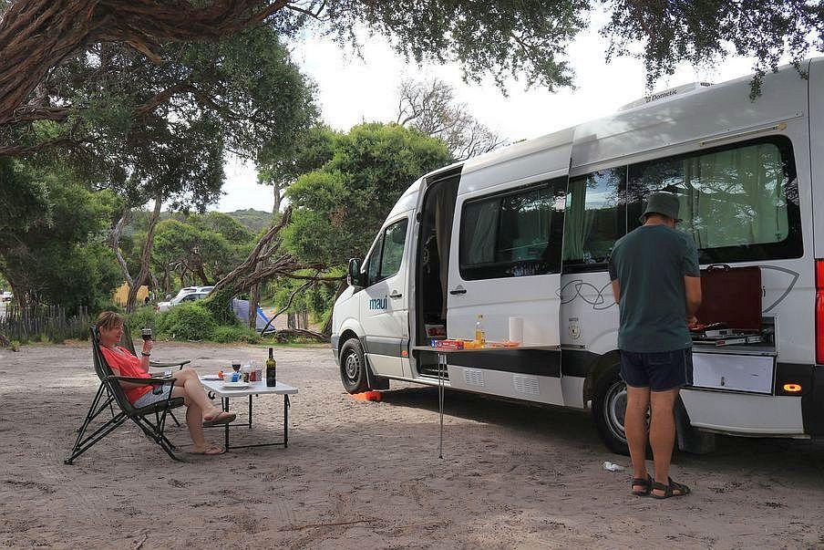 Podróż kamperem w Australii, Prom
