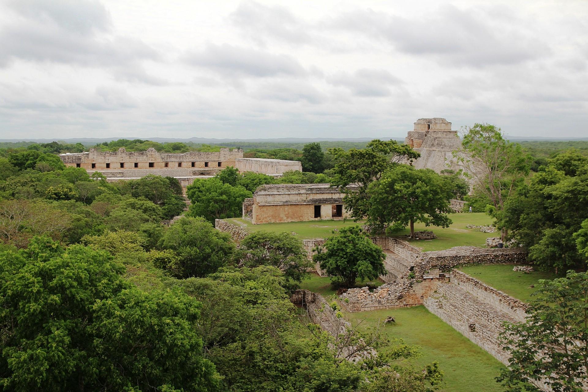 Piramida w Uxmal Weekend w Meksyku