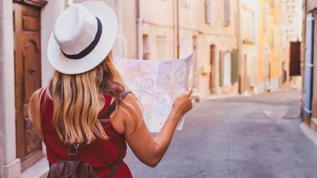 E-book Sposoby na tanie podróżowanie